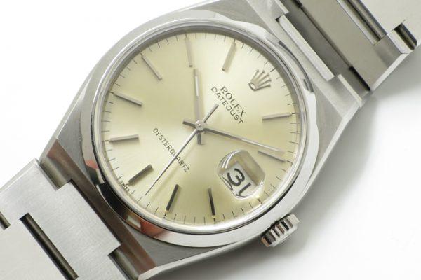 ロレックスのクォーツ時計