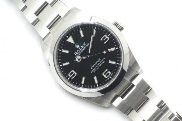 シンプルで使い勝手の良いお時計と言えば